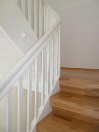 treppensanierung neue stufen neues holzgel nder oder. Black Bedroom Furniture Sets. Home Design Ideas